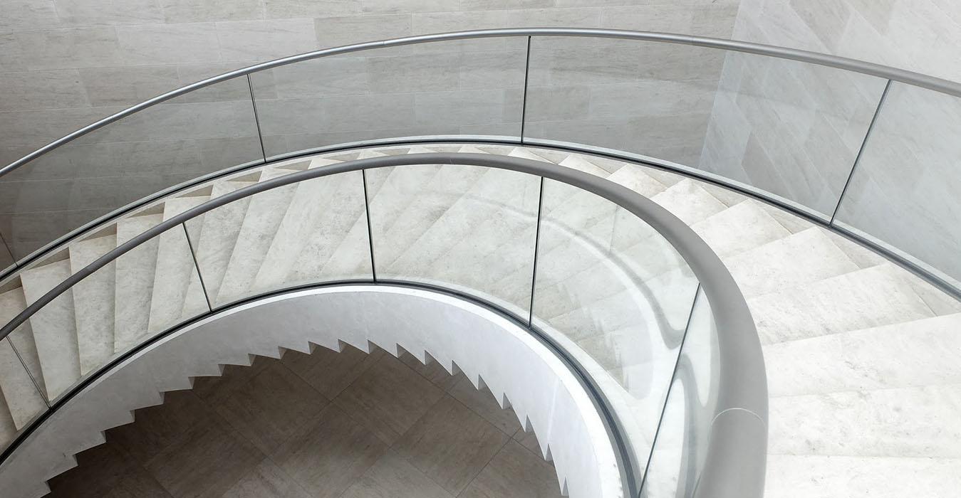 Treppe3-1349x700
